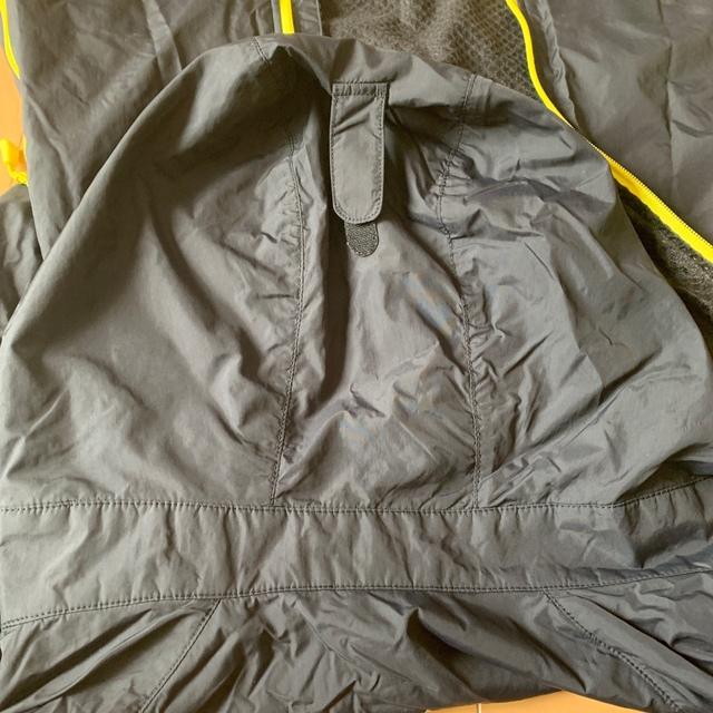 mont bell(モンベル)のモンベル mont bell ウインドブレーカー キッズ/ベビー/マタニティのキッズ服男の子用(90cm~)(ジャケット/上着)の商品写真