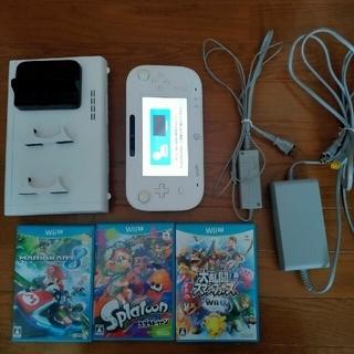 ウィーユー(Wii U)のwiiu ソフト3本付き(家庭用ゲーム機本体)