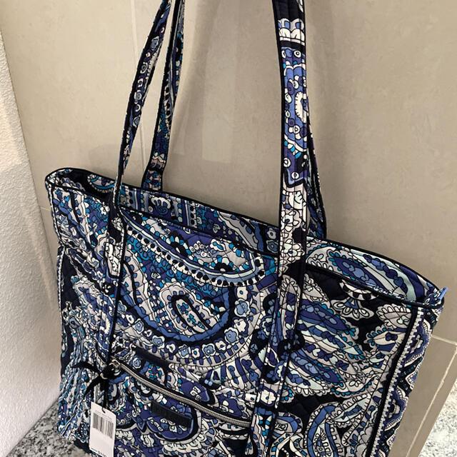 Vera Bradley(ヴェラブラッドリー)の新品 ヴェラブラッドリー 大容量トートバッグ 綺麗な柄です レディースのバッグ(トートバッグ)の商品写真