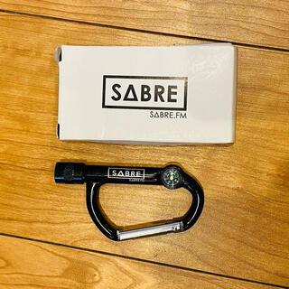 SABRE - 送料込み.SABREライト付きカラビナ.新品箱付き