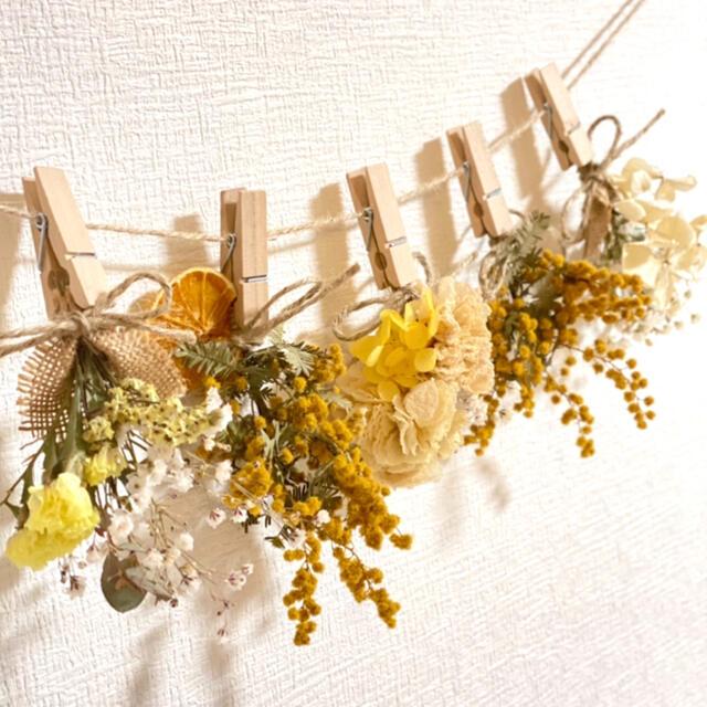 ドライフラワー スワッグ ガーランド ラナンキュラス ミモザ スターチス 紫陽花 ハンドメイドのフラワー/ガーデン(ドライフラワー)の商品写真