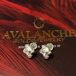 アヴァランチ(AVALANCHE)のavalanche 14k ホワイトゴールド スクエアジルコニアピアス 1ペア(ピアス(両耳用))