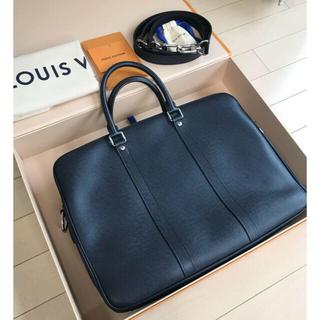 LOUIS VUITTON - Louis Vuitton PDV PM Taiga ブリーフケース