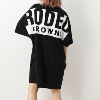ロデオクラウンズワイドボウル(RODEO CROWNS WIDE BOWL)のロデオクラウンズ ビッグボックスロゴTシャツワンピース(ひざ丈ワンピース)