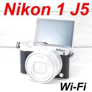 ニコン(Nikon)の❤️シャッター回数わずか1331枚❤️Wi-Fi搭載❤️Nikon J5(ミラーレス一眼)