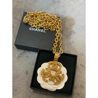 シャネル(CHANEL)のCHANEL トリプルココ 94A ネックレス GP ゴールド(ネックレス)