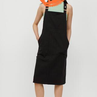 エイチアンドエム(H&M)のサロペットスカート(サロペット/オーバーオール)