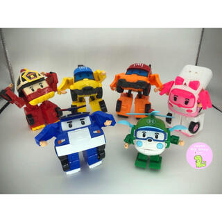 人気のロボカーポリー 子ども大喜び変身変形おもちゃ6台セット 新品送料無料♥️