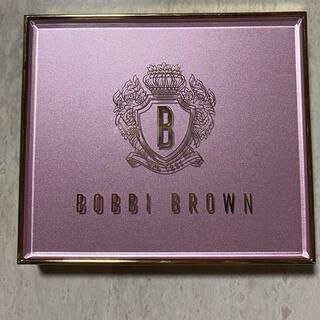BOBBI BROWN - BOBBI BROWNピンクリュクスアイシャドウパレット