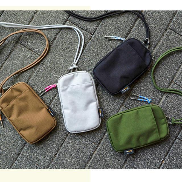 DEUXIEME CLASSE(ドゥーズィエムクラス)のベイクルーズストア ワンマイルマルチポーチ ブラック レディースのバッグ(ショルダーバッグ)の商品写真