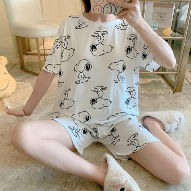 SNOOPY(スヌーピー)の2021年最新版 パジャマ ルームウエア 可愛い スヌーピ Size M レディースのルームウェア/パジャマ(ルームウェア)の商品写真