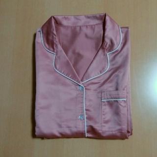 GU - GU サテンパジャマ ピンク Mサイズ