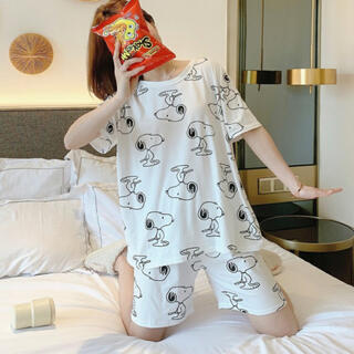 SNOOPY - 2021年最新版 パジャマ ルームウエア 可愛い スヌーピ Size L