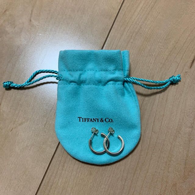 Tiffany & Co.(ティファニー)のティファニー TIFFANY & Co. ピアス ティファニー ピアス 1837 レディースのアクセサリー(ピアス)の商品写真
