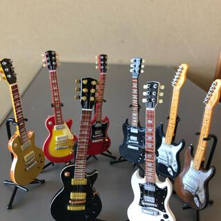 ミニチュアギターフィギュア8itemギブソン.フェンダー