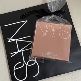 ナーズ(NARS)の完売品 店舗限定色 NARS アイシャドウパレット アンインヒビテッド (アイシャドウ)