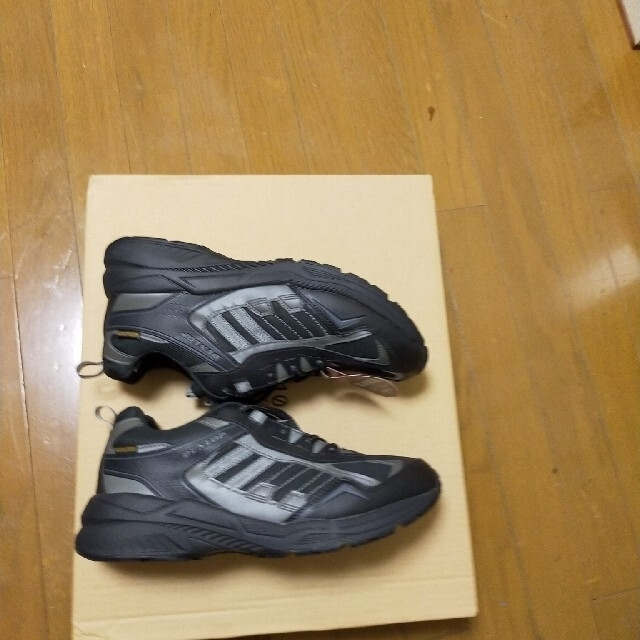 DUNLOP(ダンロップ)のダンロップ4Eの26.5 新品未使用  メンズの靴/シューズ(スニーカー)の商品写真