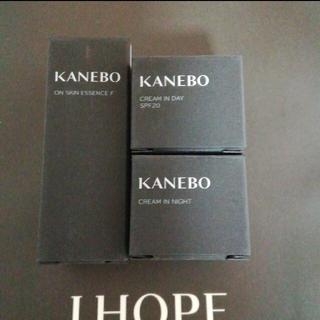Kanebo - カネボウ オンスキンエッセンスFとクリーム