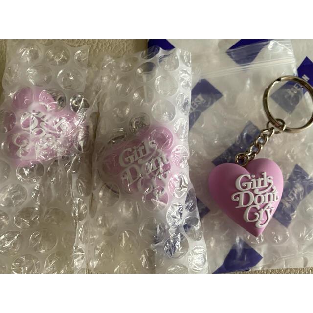 GDC(ジーディーシー)の正規 girlsdon'tcry キーホルダー 薄紫 ピンク ハートキーホルダー メンズのファッション小物(キーホルダー)の商品写真