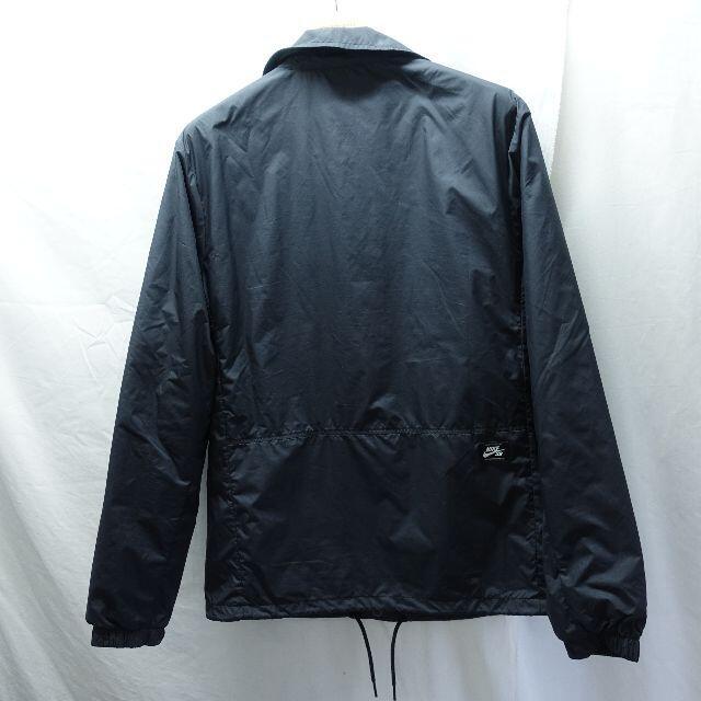 NIKE(ナイキ)のNIKE アウター ブラック メンズのジャケット/アウター(ナイロンジャケット)の商品写真