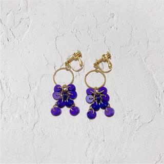 メリージェニー(merry jenny)のribbon earring(purple)(イヤリング)
