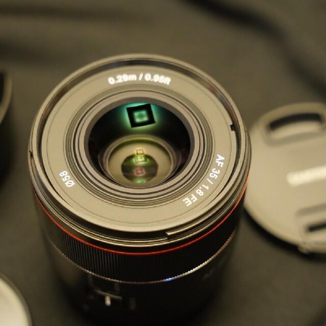 極美品 SAMYANG AF 35mm F1.8 FE サムヤン フィルター付き スマホ/家電/カメラのカメラ(レンズ(単焦点))の商品写真