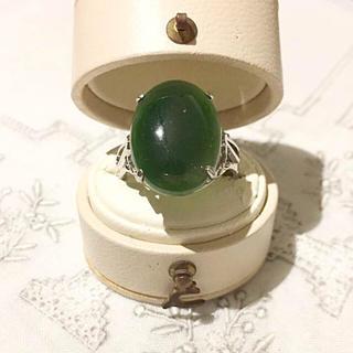 xi様専用ページ♣︎ヴィンテージ♣︎潤んだ緑石のクラシカルリング(リング(指輪))