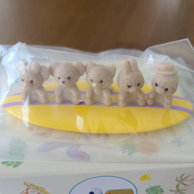 Disney(ディズニー)のダッフィー サニーファン フィギュア 砂浜 エンタメ/ホビーのおもちゃ/ぬいぐるみ(キャラクターグッズ)の商品写真