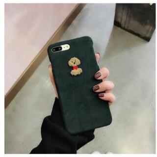 iPhone X ケース ふわふわ コーデュロイ トイプードル ダークグリーン(iPhoneケース)