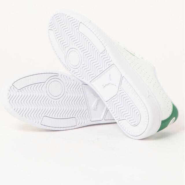 PUMA(プーマ)のPUMA スニーカー ホワイト レディースの靴/シューズ(スニーカー)の商品写真