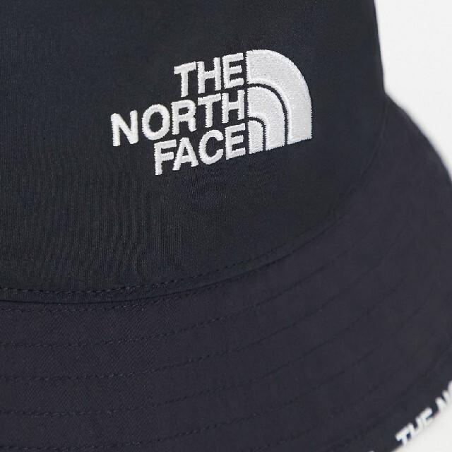 THE NORTH FACE(ザノースフェイス)の新品 THE NORTH FACE バケットハット ブラック メンズの帽子(ハット)の商品写真