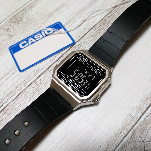 CASIO(カシオ)の★新品★反転液晶★カシオ★チープカシオ★日本未発売モデル★ メンズの時計(腕時計(デジタル))の商品写真