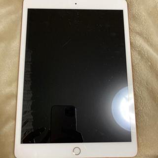 アップル(Apple)のiPad 7 th generation(タブレット)
