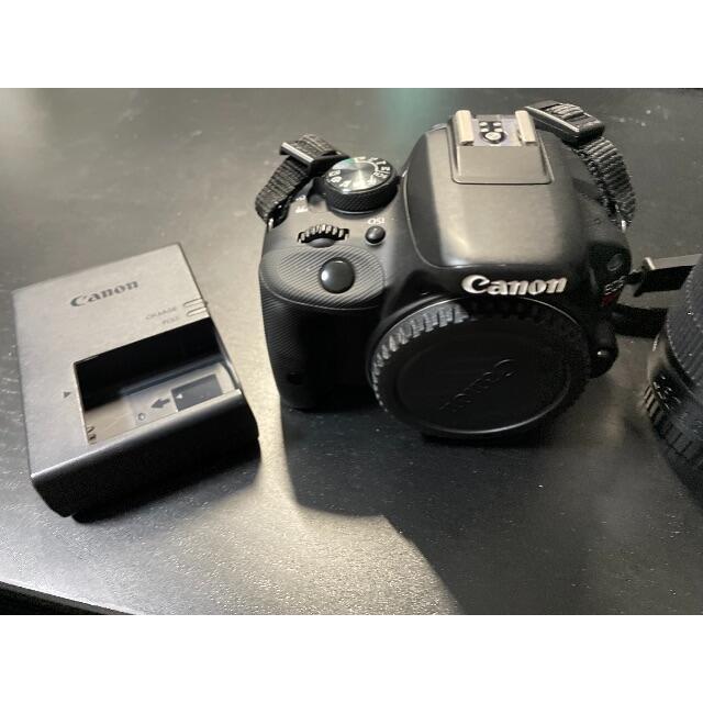 Canon(キヤノン)のCanon EOS KISS X7 ダブルズームキット スマホ/家電/カメラのカメラ(デジタル一眼)の商品写真