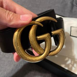 Gucci - GUCCI レザーベルト ダブルG バックル