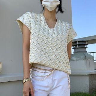 ザラ(ZARA)のVネック 手織り Tシャツ【2color】(その他)