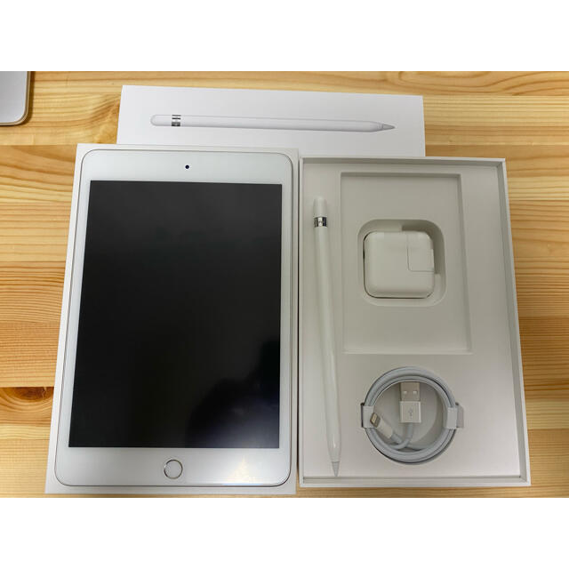 Apple(アップル)のiPad mini5 64GB/Apple Pencil/Smart Cover スマホ/家電/カメラのPC/タブレット(タブレット)の商品写真