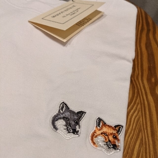 メゾンキツネ(MAISON KITSUNE')のSサイズ メゾンキツネ Tシャツ ホワイト ダブルフォックス(Tシャツ(半袖/袖なし))