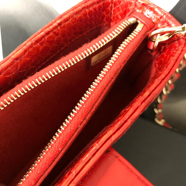 CHANEL(シャネル)の335売り切れました レディースのバッグ(ショルダーバッグ)の商品写真