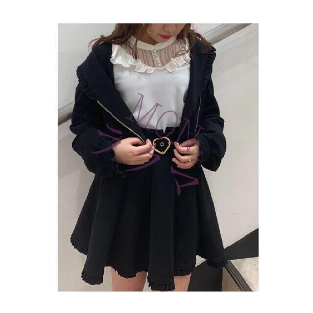 ROJITA(ロジータ)のROJITA ハートバックルフレアスカート ブラック レディースのスカート(ひざ丈スカート)の商品写真