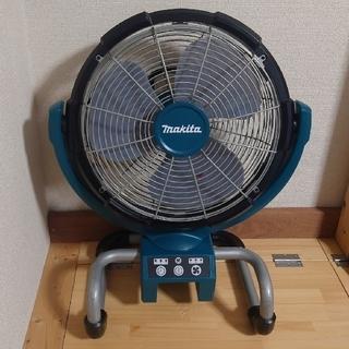 マキタ(Makita)のマキタ 18/14V 中古 充電式産業扇 CF300D(扇風機)