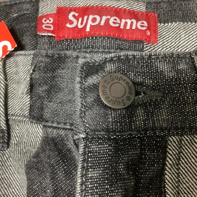 Supreme(シュプリーム)のSupreme Patched Denim Painter Pant 30 BK メンズのパンツ(ペインターパンツ)の商品写真