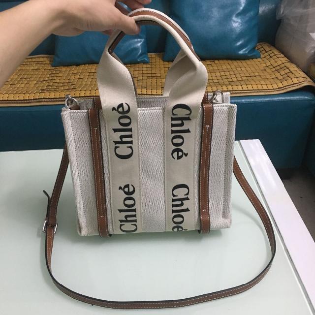 Chloe(クロエ)のChloe ショルダーバッグ トートバッグ 茶色 レディースのバッグ(ショルダーバッグ)の商品写真