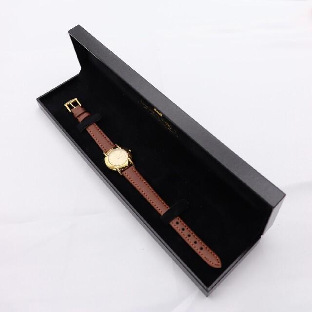 FENDI(フェンディ)の箱付き【新品電池】FENDI 410L/動作良好 人気モデル ゴールド レディースのファッション小物(腕時計)の商品写真