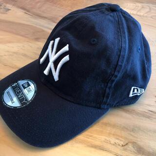 モマ(MOMA)の新品 US限定 MOMA x Yankees New Era Cap ネイビー(キャップ)