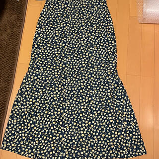 TOMORROWLAND - 花柄 可愛いロングスカート