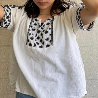 Lochie - vintage cotton刺繍ブラウス