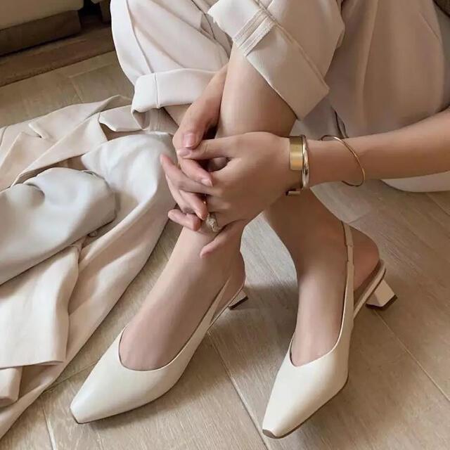 dholic(ディーホリック)のサンダル ミュール アイボリー レディースの靴/シューズ(ミュール)の商品写真