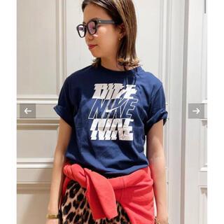 DEUXIEME CLASSE - MUSE de Deuxieme Classe 【NIKE/ナイキ】 Tシャツ