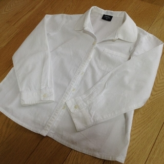 ベベ(BeBe)のBeBe べべ 白 長袖 シャツ 120  女の子 お受験 発表会(ドレス/フォーマル)